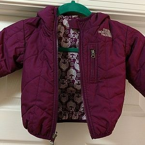 North Face baby girl reversible jacket. Sz12-18 M